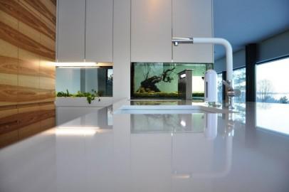 Köögimööbel akvaariumiga