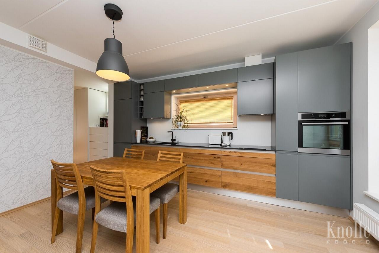 knolle k gid kvaliteetne k gim bel kivist t pinnaga k gim bel mille uksed. Black Bedroom Furniture Sets. Home Design Ideas